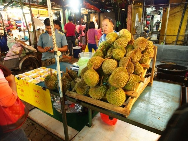 Oddech wstrzymany! Durian w okolicy | Malezja