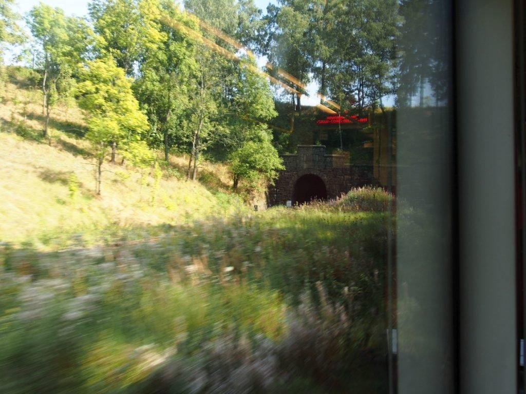 Jeden z tuneli na linii nr 286